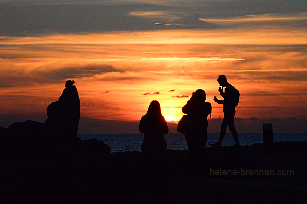 paphos sunset with figures and sculpture DSC_2166-