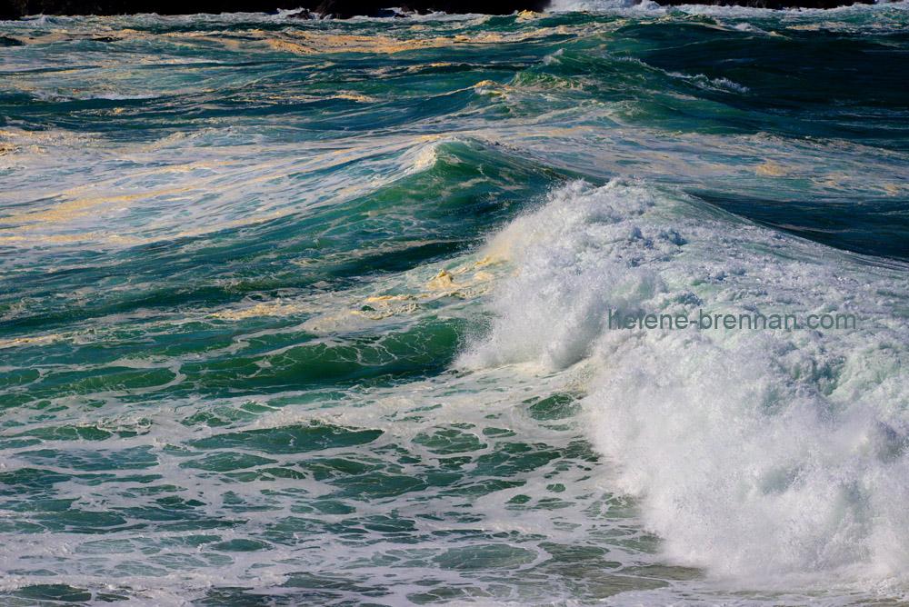 Turbulent sea _8190-