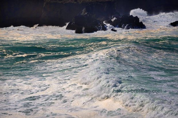 Turbulent sea _8201-