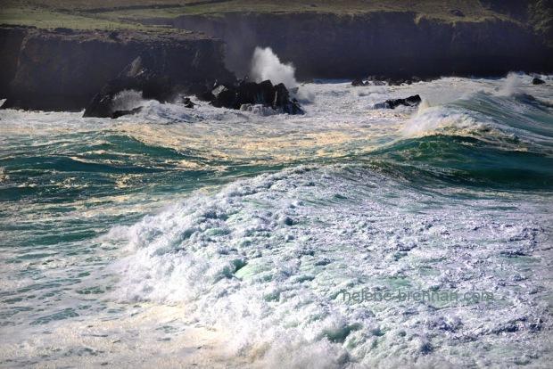 Turbulent sea _8205-