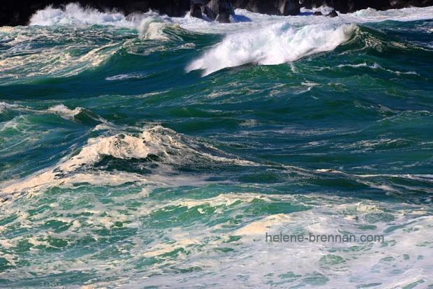 Turbulent sea _8227-