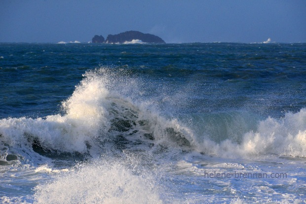 DSC_2083 ballinrannig wave with black rock
