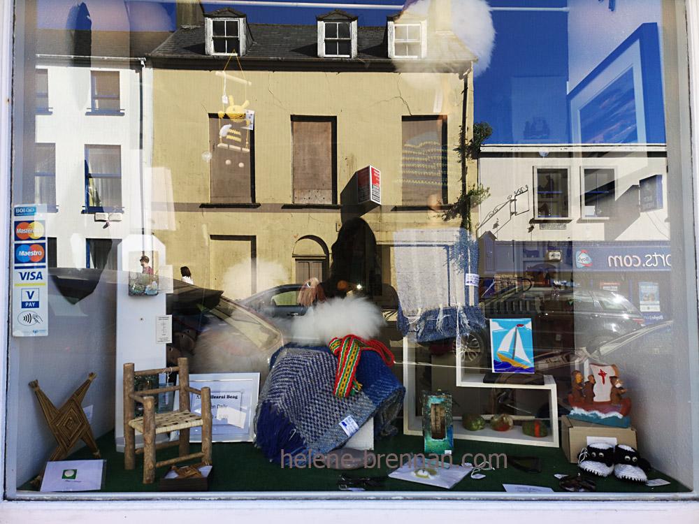 Dingle Town shop window_092613