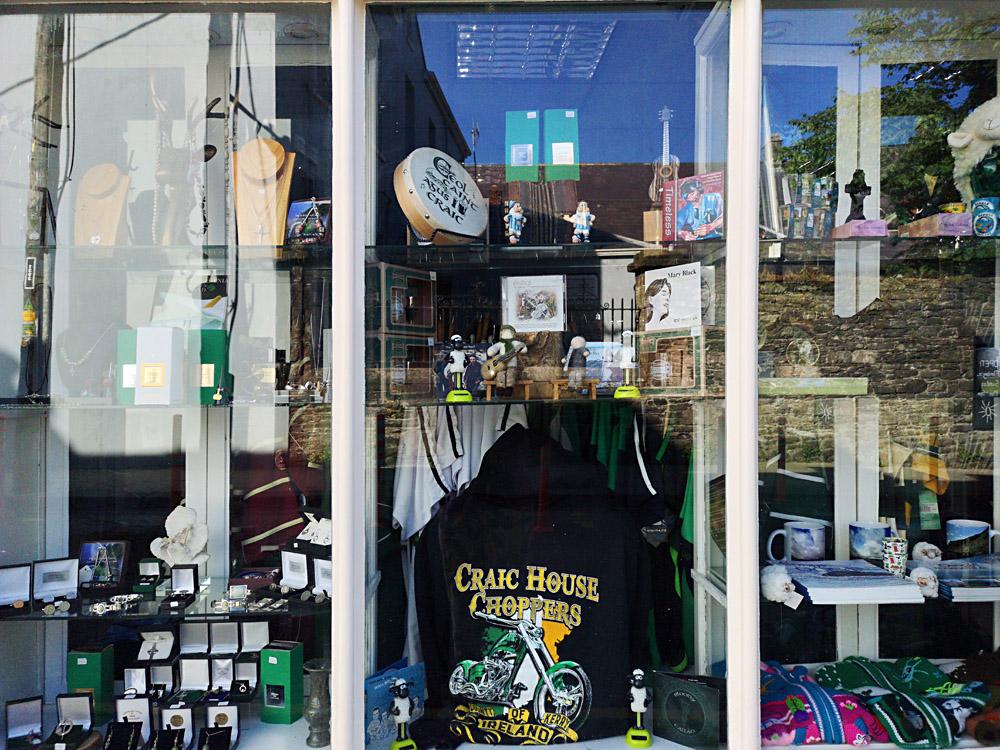 Dingle Town shop window_093015